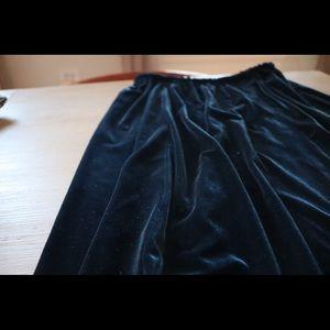 Dresses & Skirts - Vintage navy/royal blue velvet long skirt.  M